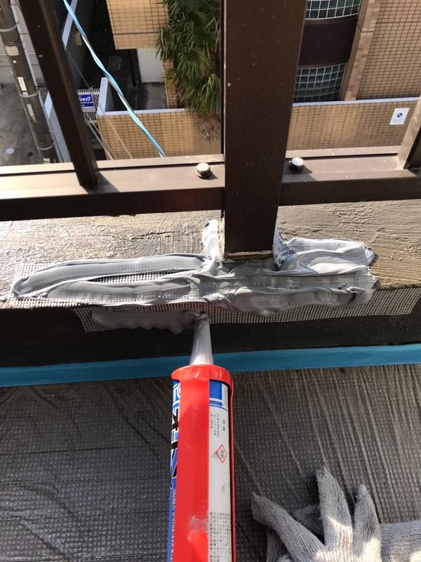 千葉県習志野市 シーリング工事・防水工事 アパート ウレタン防水 ひび割れシーリング補修 (9)