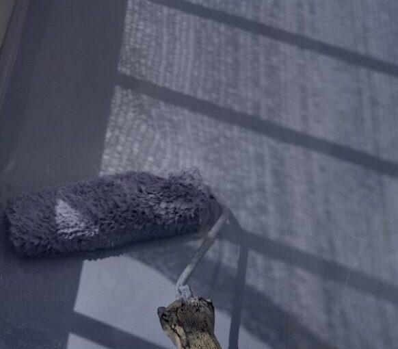 埼玉県さいたま市岩槻区 アパート 防水工事 防水材重ね塗り1 (3)