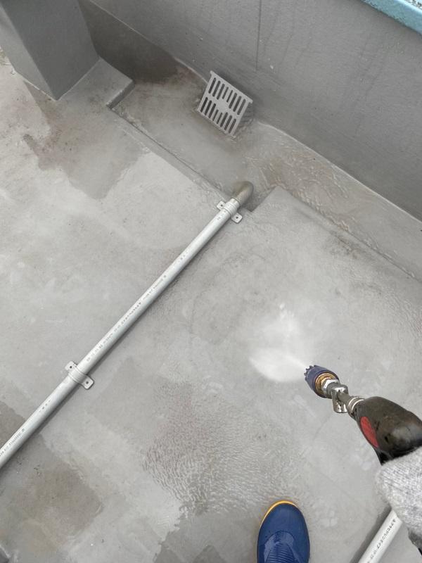東京都台東区 ブロッケンビル改修工事 下地処理 高圧洗浄 (4)
