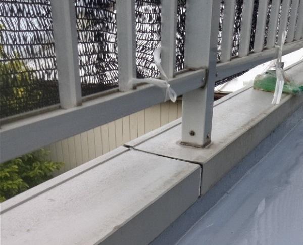 埼玉県さいたま市岩槻区 アパート 防水工事 防水材重ね塗り2 (1)